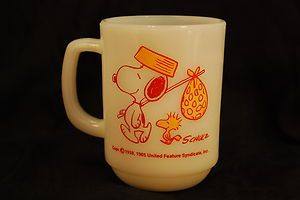 1965 Anchor Hocking Fire King Snoopy Come Home Peanuts Mug