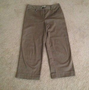 Womens Lt Brown Sz 6 Stretch Christopher Banks Capris Cuffed at Bottom