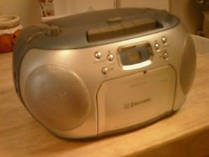Emerson Cassette Radio CD Player