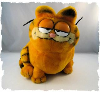 Vintage 1981 Large Fat Garfield The Cat Plush Doll