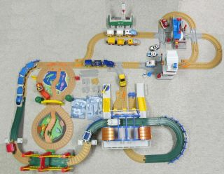 Lot GeoTrax Train Grand Central Station Bridge City Zoo Fire Station
