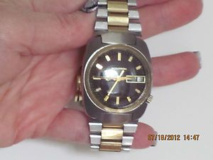 Bulova Accutron Tuning Fork Mans Wrist Watch 10K Gold Filled