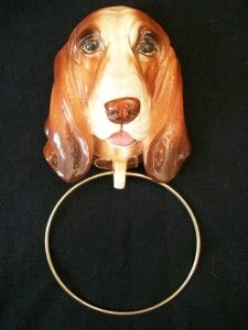 BEAGLE DOG PUPPY CERAMIC TOWEL BAR HOLDER BATH RACK WALL PLAQUE
