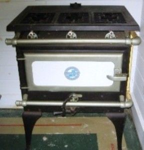 Vintage Antique Universal Gas Stove Oven Made In Chicago