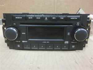 2005 2007 Jeep Grand Cherokee 6 Disc CD Player Radio OE