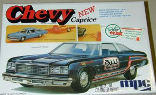 Chevrolet Caprice with Car Trailer Model Kit Vintage Style MPC Chevy