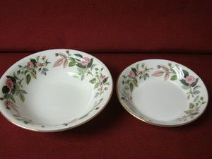 Wedgwood China Dinnerware England Hathaway Rose Pattern R4317 1 cereal