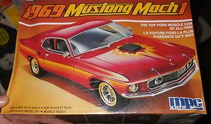MPC 1969 FORD MUSTANG MACH I 1 25 Model Car Mountain KIT FS DENTED