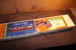 DUMAS BOATS CHRIS CRAFT 1947 SPORT BOAT MODEL KIT COMPLETE, ORIGINAL