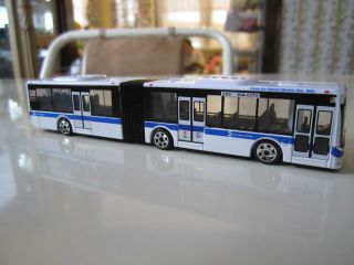 NYC New York City Transit Authority MTA Articulated Bus 1 87 HO Scale