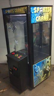 Chest Sports Crane Claw Machine Arcade Game with Nice Decals