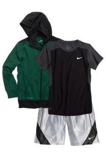 Nike KO Hooded Jacket, Lights Out Dri FIT T Shirt & Dunk Basketball Shorts (Big Boys)