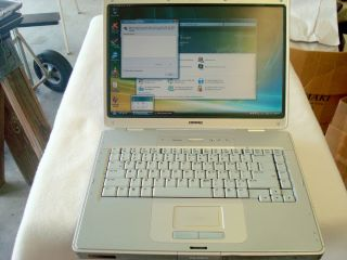 Compaq Presario C500 Vista Home Premium Wireless Laptop