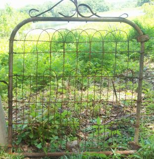 Antique Garden Gate Flower Vegetable Trellis Yard Wire Art Primitive