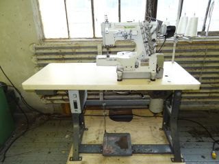W600 Industrial Cover Stitch Sewing Machine with Efka AB220 Motor