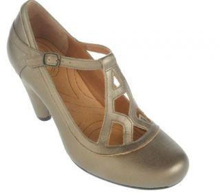 Indigo by Clarks Plush Leather Round Toe Dress Shoes   A212559