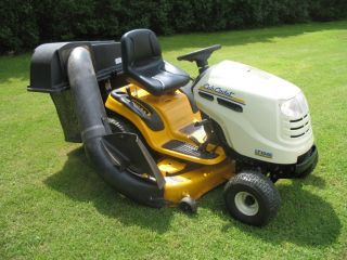 Weed Eater Lawn Mower Engine Diagram additionally John Deere 445 Parts Diagram also John Deere X475 Wiring Diagram further 67 Chevelle Starter Wiring Diagram together with 2002 Saturn Sl2 Oil Filter Location. on john deere wiring diagram download