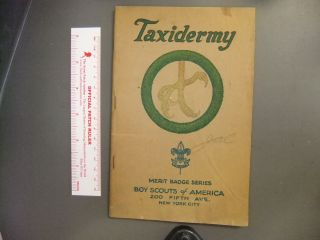Boy Scout Taxidermy Merit Badge Pamphlet Brown Cover 4188Z