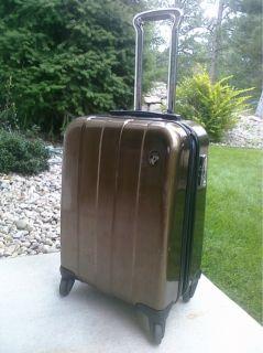 Heys Crown XX RARE Carryon Luggage 21 Spinner