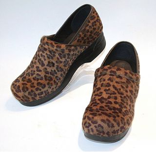 Croft Barrow Faux Fur Cheetah Stapled Clogs 10 M EUC