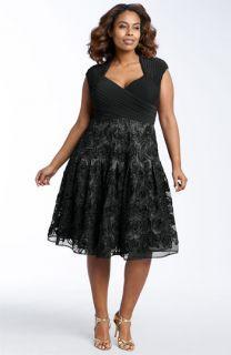 Adrianna Papell Matte Jersey & Taffeta Dress (Plus)