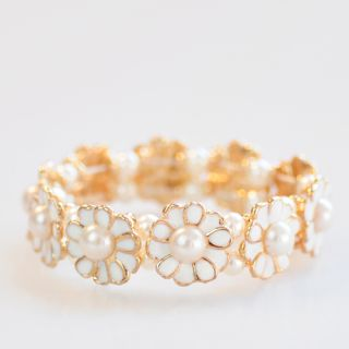 Beautiful Korea Fresh daisy pearl flower petals stretch bracelet