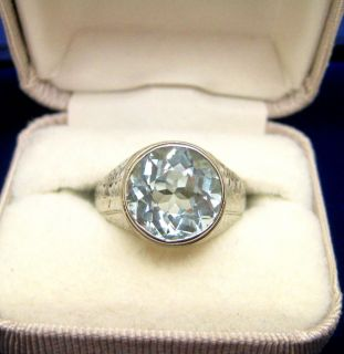 ANTIQUE ART DECO 18K WHITE GOLD AQUAMARINE RING HAND ETCHED DESIGN