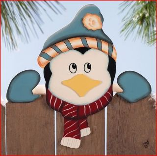 SANTA S PEEPING PENGUIN FENCE TOPPER CHRISTMAS YARD DECOR NEW