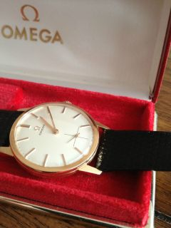 Omega Vintage 1960s 18K Solid Gold Mens Watch 17 Jewels Cal 269