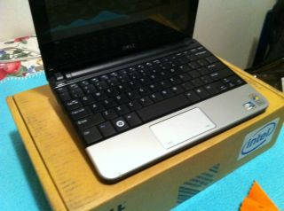 Dell Mini 1010 Netbook WITH BUILT IN TV TUNER and GPS XP HOME EDITION