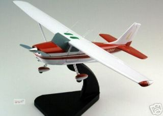 Cessna 172 Wood Desktop Airplane Model