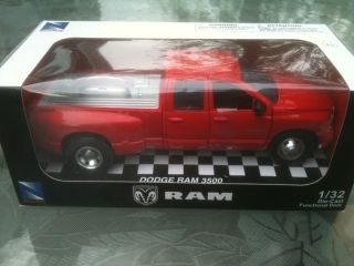 NEW NewRay Dodge RAM 3500 Pickup Truck Red Dually 1 32 diecast w