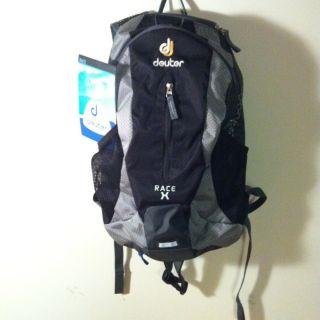 Deuter Race X Air Bike Cycling Hydro Backpac Bag Rain Cover NEW Grey
