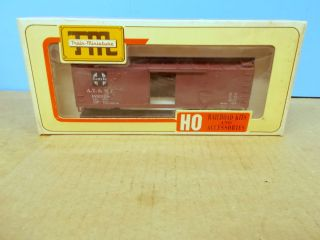 TM Train Miniature HO Scale Santa FE 40 Double Door Box Car Kit 2002