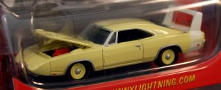 Johnny Lightning Mopar or No Car   1969 Dodge Charger Daytona #3