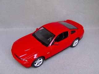 2011 Ford Mustang GT Diecast Car Model Red 1 24