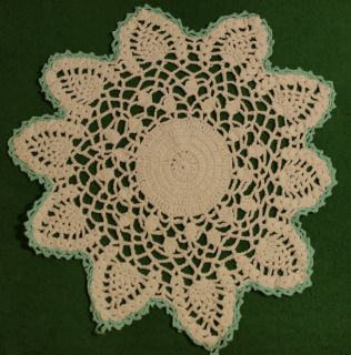 White Crocheted Doily Country Victorian Style Dresser Scarf
