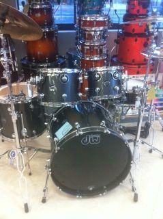 DW Performance Series Drum Set 4 PC New Fusion Set Up