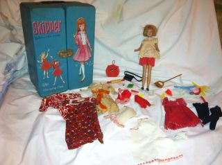 Vintage Skipper Barbie Doll With Carrying Case And Accessories