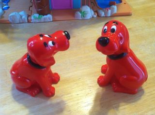 Set of 2 Clifford The Big Red Dog Bobble Head Emily Elizabeth
