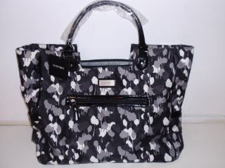 ELLEN TRACY ( 20 XL ) LADIES TRAVEL TOTE BAG COLOR BLACK/GRAY / PURSE