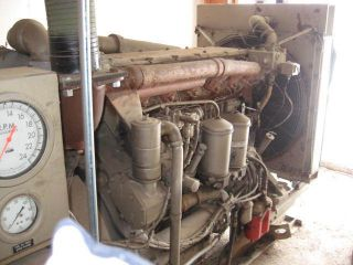 Cat D343 Turbo Diesel Engine Generator 553 Original Hours 50 Hz 200 KW