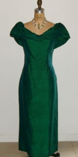 Vintage Emerald Green Escapades Silk Evening Bridal Prom Gown with