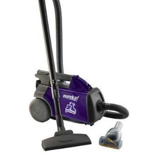 pet lover canister vacuum cleaner 3684f item is used and in excellent