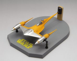 Fine Molds SW15 Star Wars Naboo Starfighter 1 72 Scale Kit