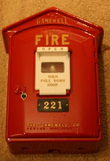 Vintage Gamewell Fire Alarm Call Box w Key 221 Beautiful