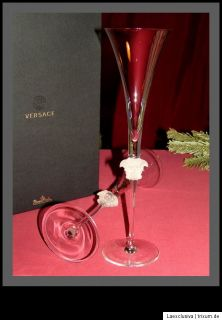 these exclusive champagne flutes glasses are the class and elegance
