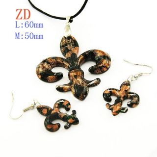 Fleur de Lis Murano Lampwork Glass Pendant Necklace Earrings Set