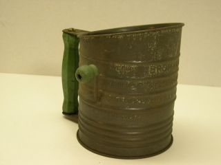 Vintage Bromwells Measuring Flour Sifter with Green Handle Knob