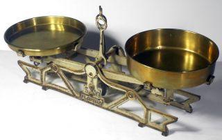 Vtg Antique Florenz 5kg Balance Scale w Brass Pans Apothecary Chemist